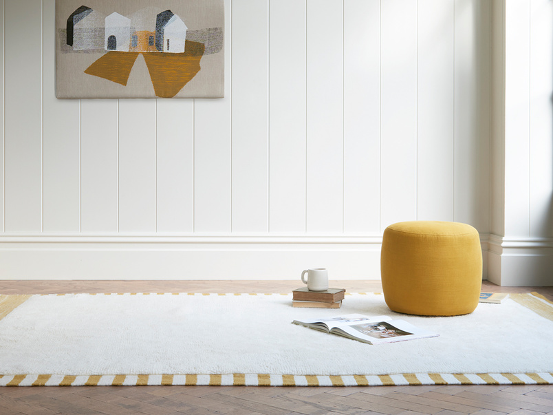 Loom fluffyliving room rug in Burnt Yellow