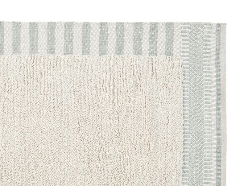 Loom living room rug in Mouse Grey