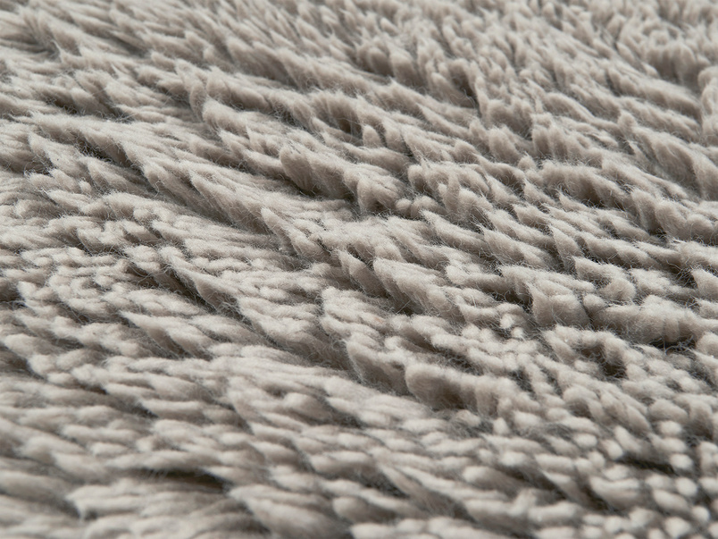 Wilder hand woven bedside rug in Grey