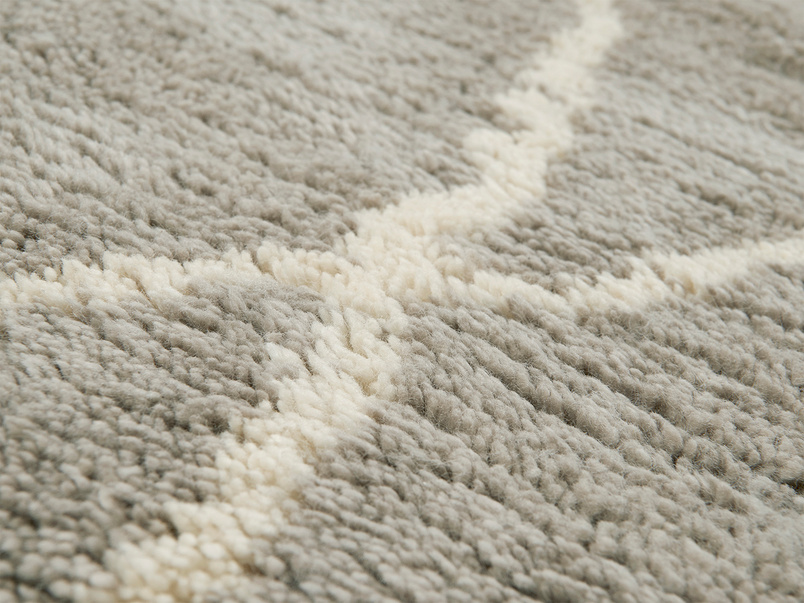 Casbah handwoven bedside rug in Ash Grey close detail
