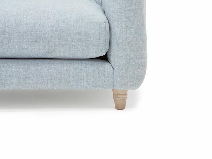 296594 boho love seat foot detail