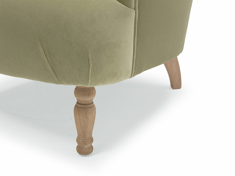High-back Gramps armchair