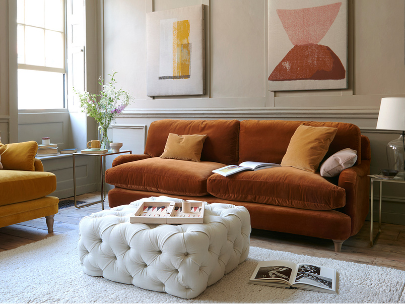 Jonesy sofa in Praline plush velvet
