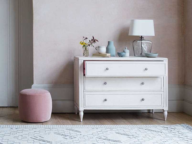 Pimpernel wooden painted chest of drawers