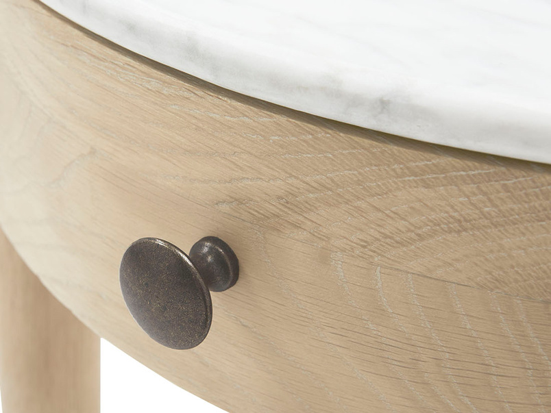 Mini Marmo round side table marble top handle detail
