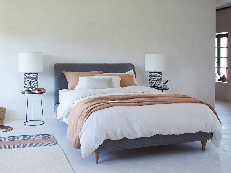 Puffball bed frame