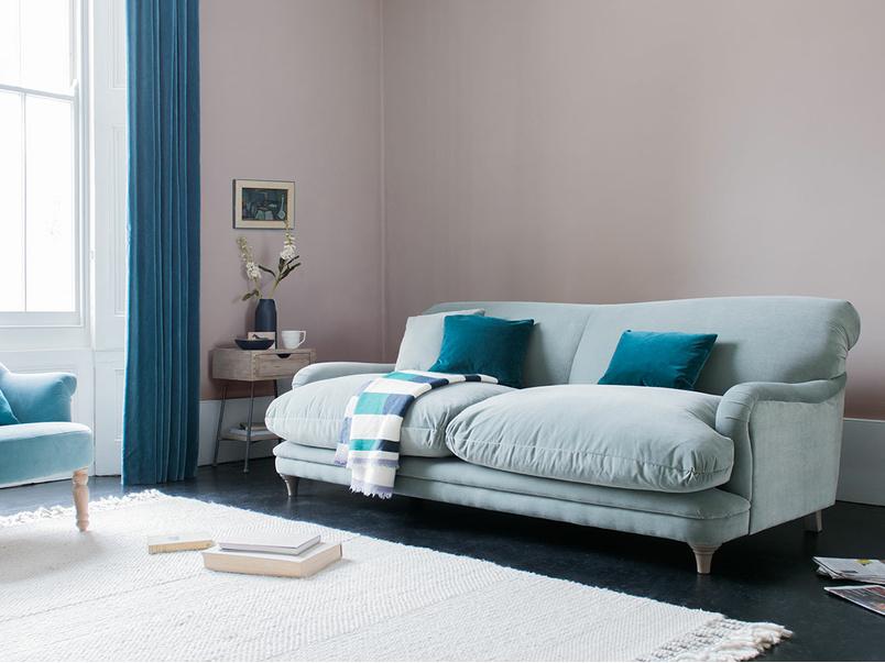 Pudding comfy contemporary sofa