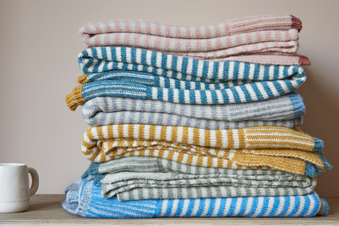 Easy knit throws