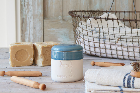 Laundry Days smelly wax candle