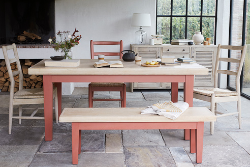Pantry kitchen table in Earthy Red