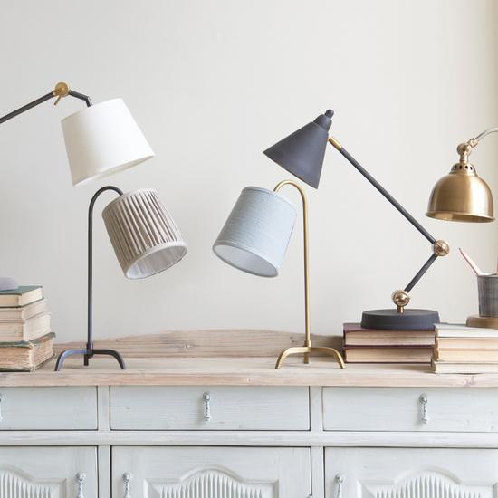Desk lamps lighting range
