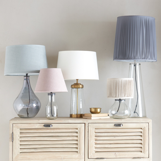 Table lamps lighting range