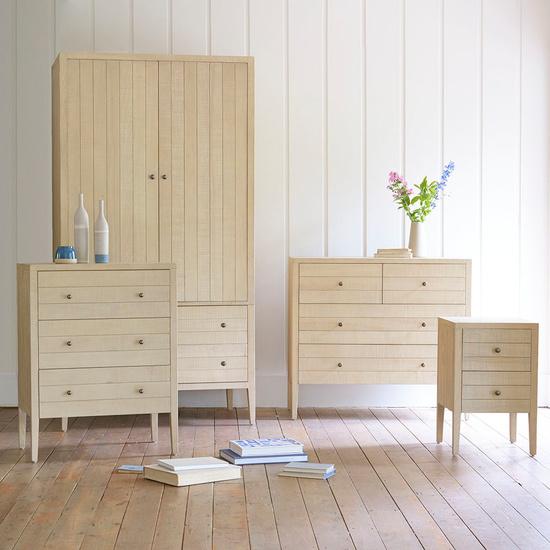 Kanoodle oak bedroom range square