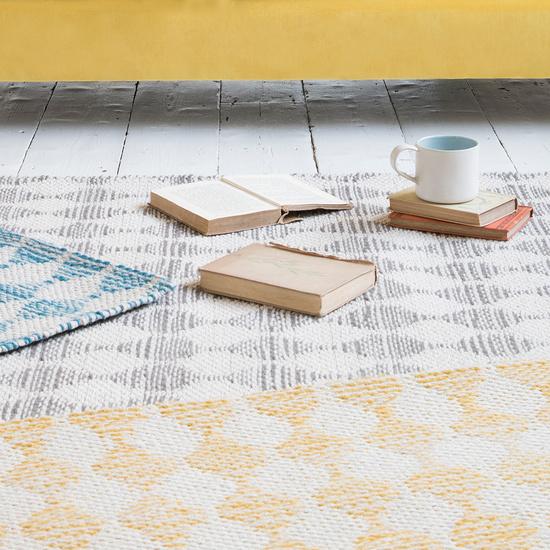 Waves floors rugs