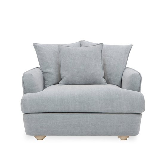 Smooch Deep Contemporary Love Seat