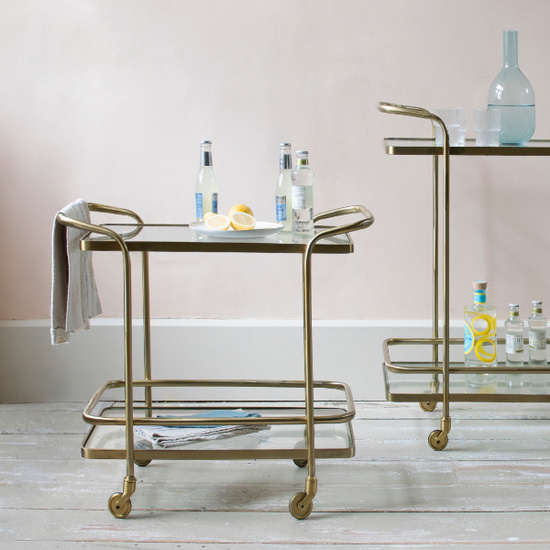 Soak drinks trolleys
