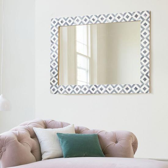 Banyan mirror