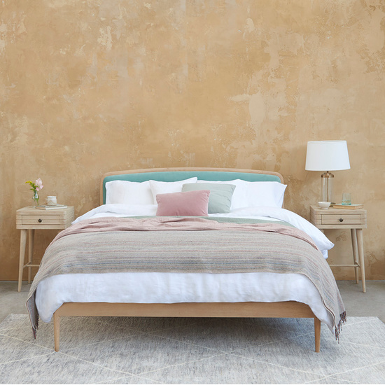 394498 smoothie light oak bed