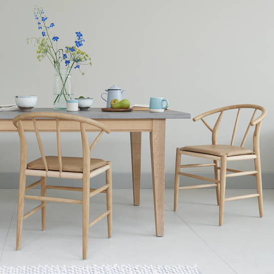 Conker kitchen table with Pitstop chairs