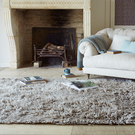 16 03 Loaf NEW WIlder rug in Grey from 345 low res lifestyle