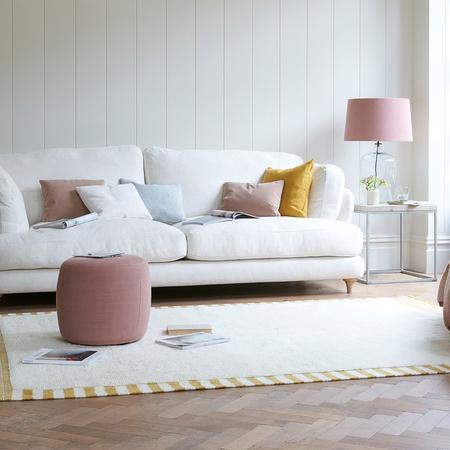19 04 Smithy sofa